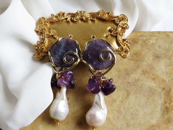 Baroque Pearl drops Wedding Earrings with Amethyst Stones