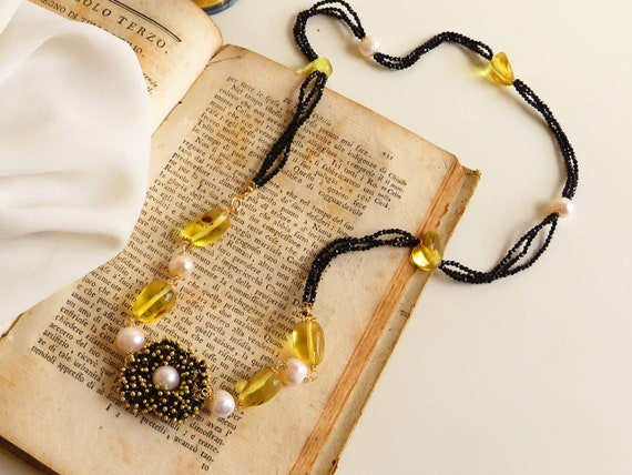Double strand necklace with Spinel stones, Amber stones and River Pearls