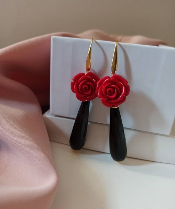Black Drop Earrings with Red Roses