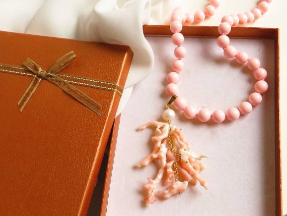 Coral paste necklace with Rose Coral Cluster Pendant