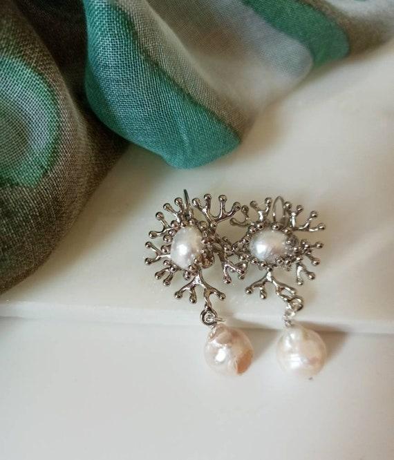 Baroque style bride pearl earrings