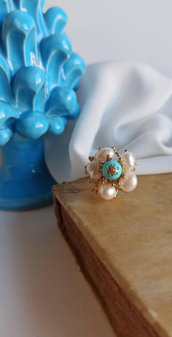 Floral Ring with Freshwater Pearls and Turquoise stones