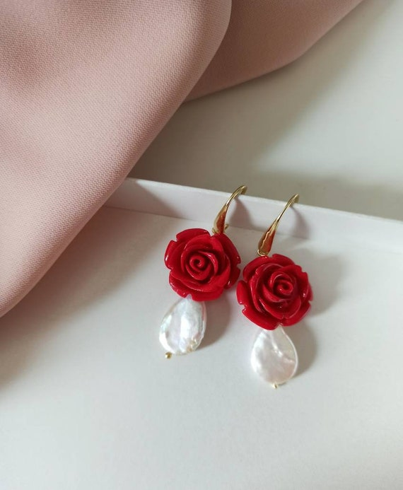 Pearl Drop earrings with Red Roses