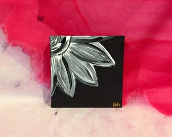 Abstract Flower Canvas