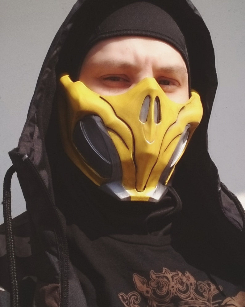 Scorpion Cosplay Half Face Mask from Mortal Kombat 11 mobile version Video  Game 3D Character, Accessories, Gamer Gift