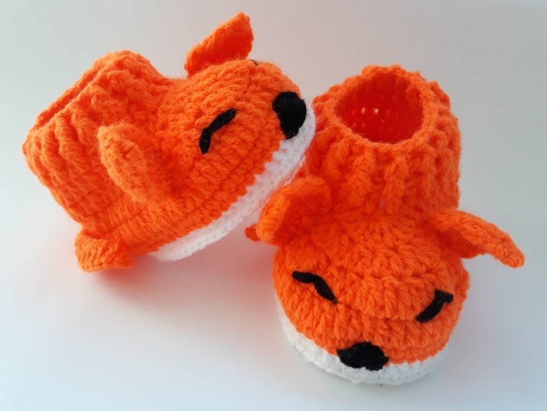 25e351a6d6224 Orange baby shoes / fox baby shoes / handmade newborn shoes / newborn shoes  for girl
