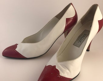 55ddfad2601b1 Wing tipped pumps   Etsy