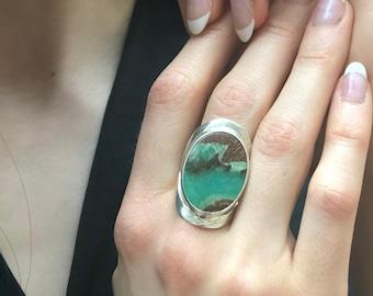 Chrysoprase Ring, Natural Chrysoprase, Statement Ring, Large Oval Ring, Raw Metrix Chrysoprase, Long Ring, Big Green Ring, Solid Silver Ring