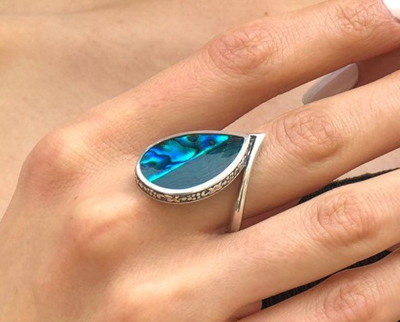 Solid Silver Ring Pearl Shell Ring Mother of Pearl Blue Shell Ring Flat Ring Teardrop Ring Ocean Ring Leaf Ring Blue Green Ring