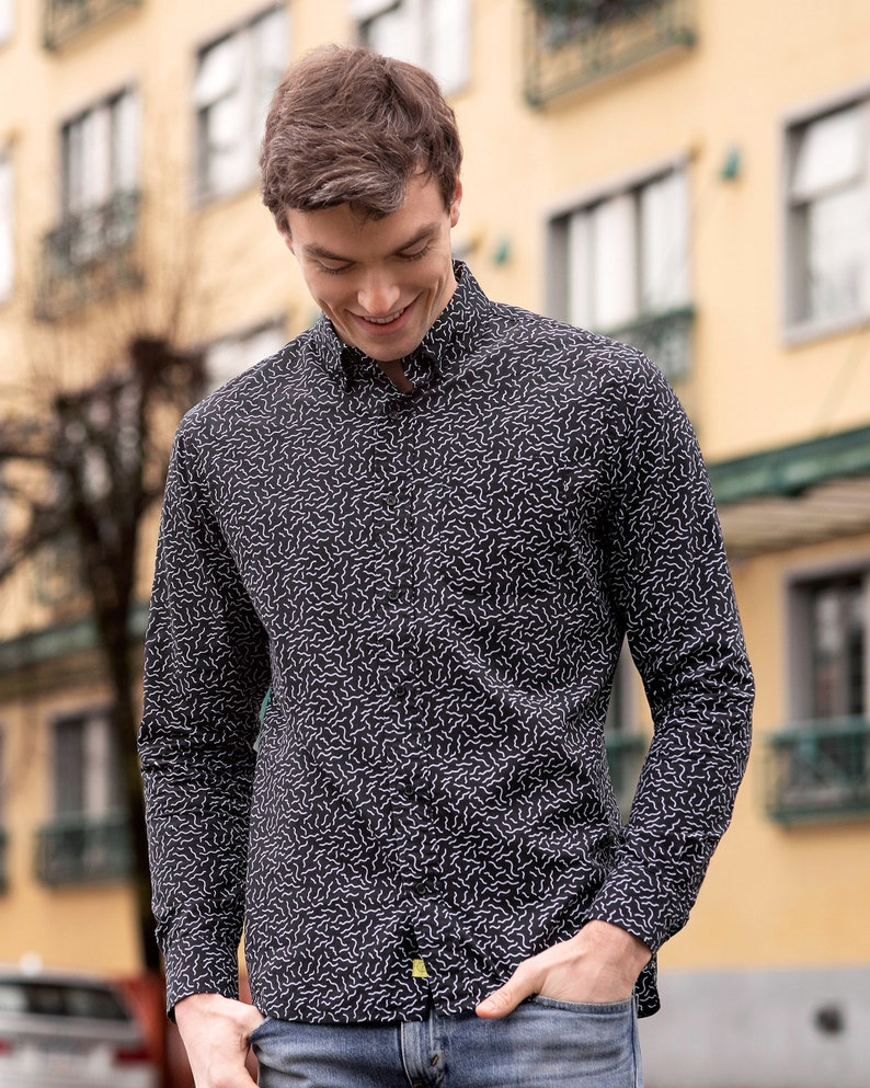 Casual Button Down Long Sleeve Shirt With Squiggles Print