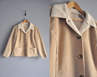 vintage lightweight button up LL Bean coat 1990s clothing clothes comfortable comfy outerwear 90s tan jacket classic spring fall fashion