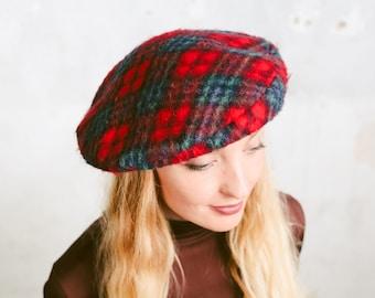45e2974716d34 Plaid Fleece Beret Hat . Women's Vintage Beret 80s Fall Fashion French  Style Autumn Beret Paris Chic Accessories