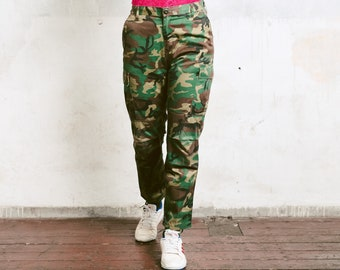 eddd41012166b 90s Camouflage Cargo Pants . Women Military Pants with Pockets Camo Print Pants  Vintage Army Pants Utility Pants Camo Clothing . size Small