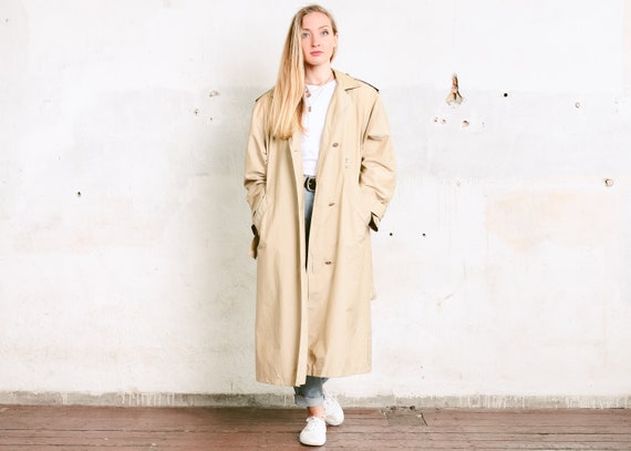 80s Lightweight Trench Coat . Vintage Tan Trench C