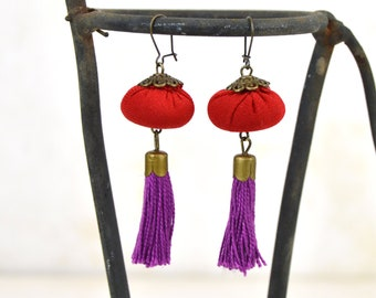 red tassel earring, bohemian earrings fuchsia tassel, red fuchsia earring, handmade summer colors earring