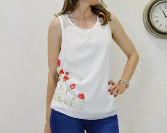 Watercolor watercolor t-shirt with red poppies, poppy print t-shirt, t-shirt with original print for women,shirt with original illustration.
