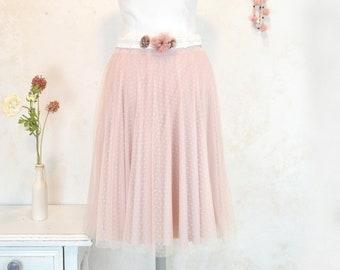 falda de suave tul de plumeti rosa nude, novia por civil vestido dos piezas, falda de tul ideal novias, invitada a boda