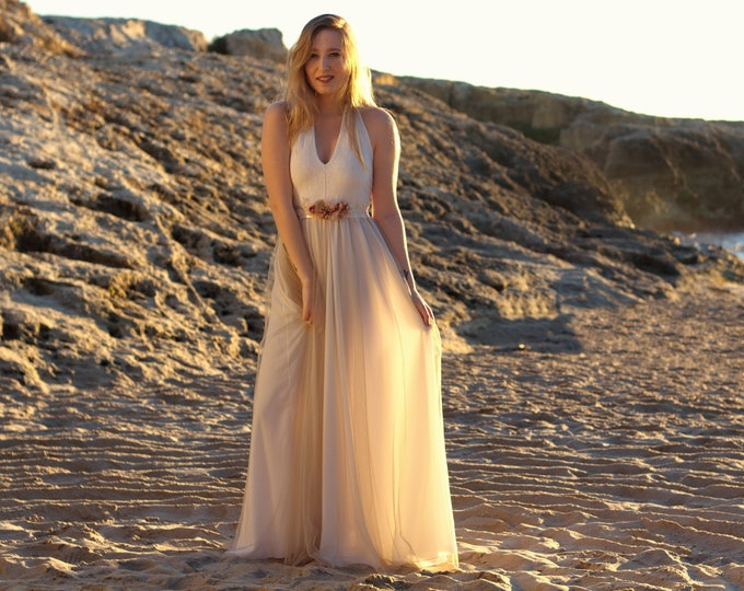 Featured listing image: Bohemian wedding dress, hippie wedding dress, rustic wedding, vintage style bride, hippiechic wedding dress, bohemian wedding on the beach