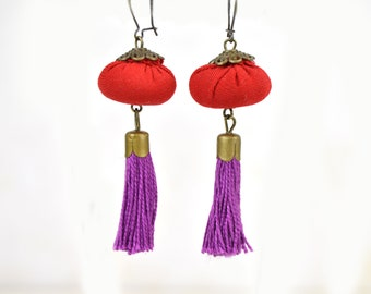 red tassel earring, bohemian earrings fuchsia tassel, red fuchsia earring, handmade summer colors earring