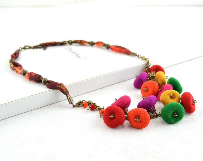 multicolored beads necklace, multicolored fabric necklace, very colorful recycled fabrics necklace, modern style necklace with beads