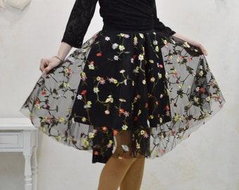 Short tulle party skirt, short tulle skirt, short embroidered tulle skirt, tulle party skirt, tulle wedding skirt, tulle skirt can