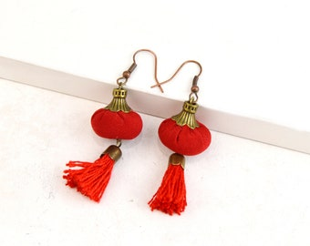 red tassel earrings, bohemian red tassel earrings, handmade red tassel earrings,original red tassel earrings