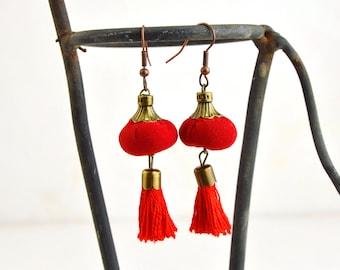 red tassel earrings, bohemian red tassel earrings, handmade red tassel earrings,original red tassel earrings
