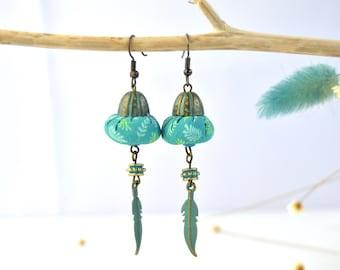 original bohemian earring with feather, earring with turquoise feather, turquoise bohochic earring