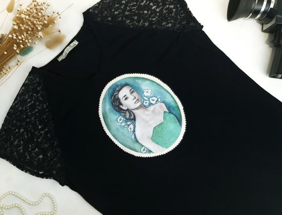vintage style design black t-shirt with Audrey Hepburn print, very romantic lace short sleeve black t-shirt
