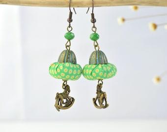 Pendientes boho / Pendientes verdes hechos a mano / Joyas verde turqueza Pendientes de cuentas textil color verde