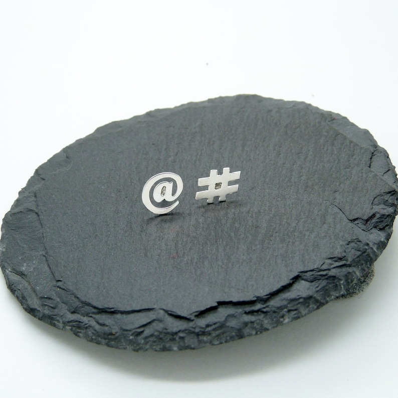 Arroba and Twitter Hashtag earrings in silver 925 small button image 0