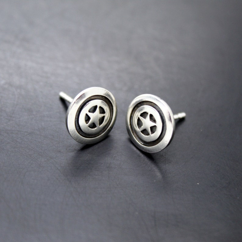 Captain America Shield Earrings in Silver 925 image 0