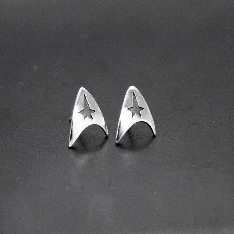 Starfleet Delta Insignia Star Trek Silver Earrings 925 image 0