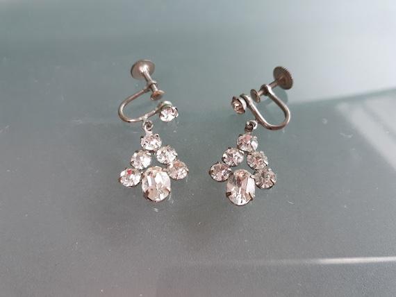 Item VS 113 CA 1950/'s Silvertone Lucite /& Rhinestone screw-back Earrings