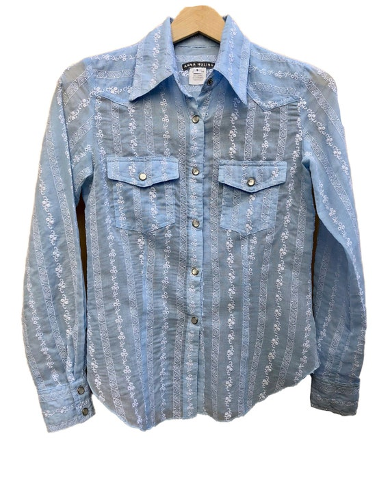 Anna Huling Baby Blue blouse. Designer Brand Cowgi