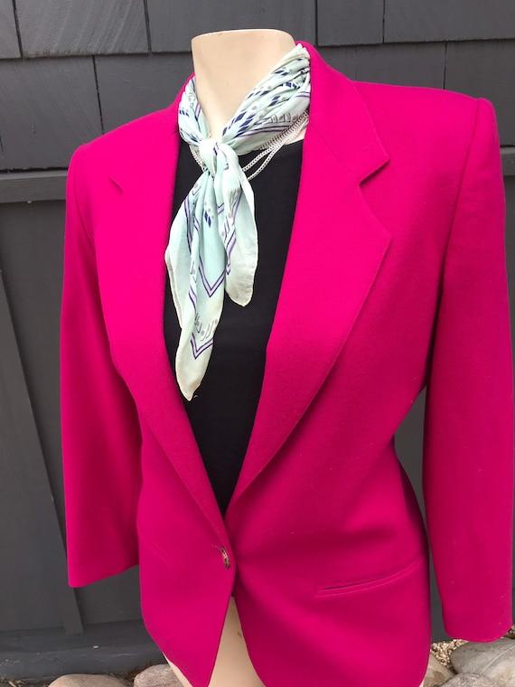 Vintage 1980s Brilliant Hot Pink Blazer//Classic 8