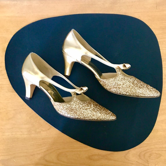 Vintage 1980s glitter gold shoes//Party shoes in g