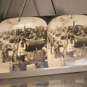 Vintage City Photography Detroit Keystone View Company Stereoscope Viewer Card Antique General Motors Offices