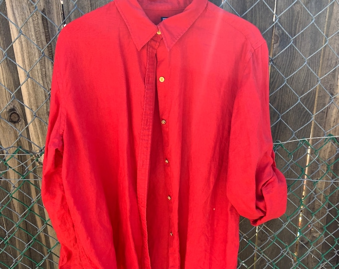 Vintage Chaps Classic button down dress shirt. Woman's size X large, Great vintage condition includes Free Shipping