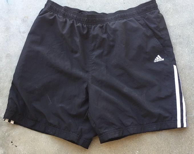 Men's Adidas Athletic Lined shorts in great shape. Size XL, Free Shipping