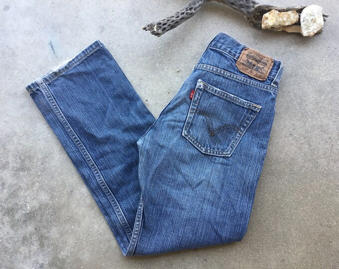 Boys Levi's 514 Jeans, Size 27 x 27. Free Priority Mail Shipping in the USA