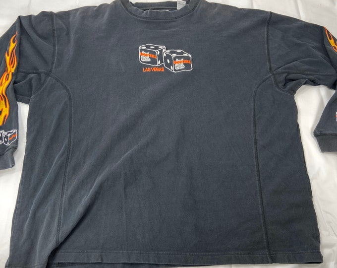 Vintage 1990s Hooters Las Vegas premium long sleeve T-shirt size xxl. Free shipping