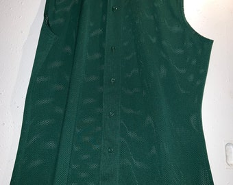 Russell Athletics XL Blank Green Sleveless Baseball Jersey in New Condition. Free Priority Mail Shipping