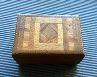 Vintage 1970s Oak Jewelry Box. Cool retro shabby chic box. Priority mail shipping included