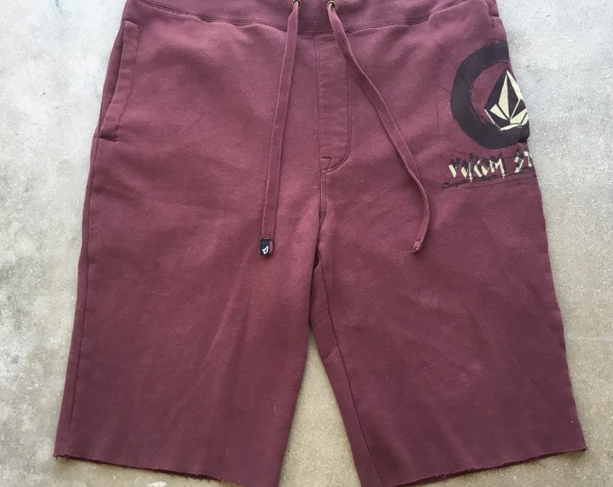 Men's Volcom Comfortable shorts. Free Shipping