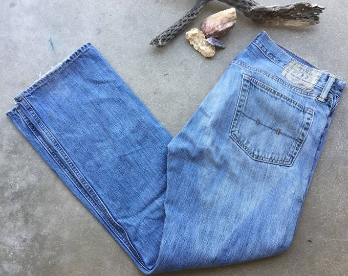 Men's Polo Ralph Lauren Light Stonewashed Jeans, Like New. Size 32x 32. Free Priority Mail Shipping in the USA