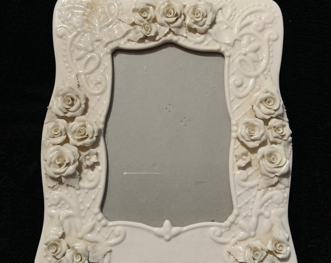 """Vintage Ceramic 4""""x6"""" Photo Frame with Rose Accents"""