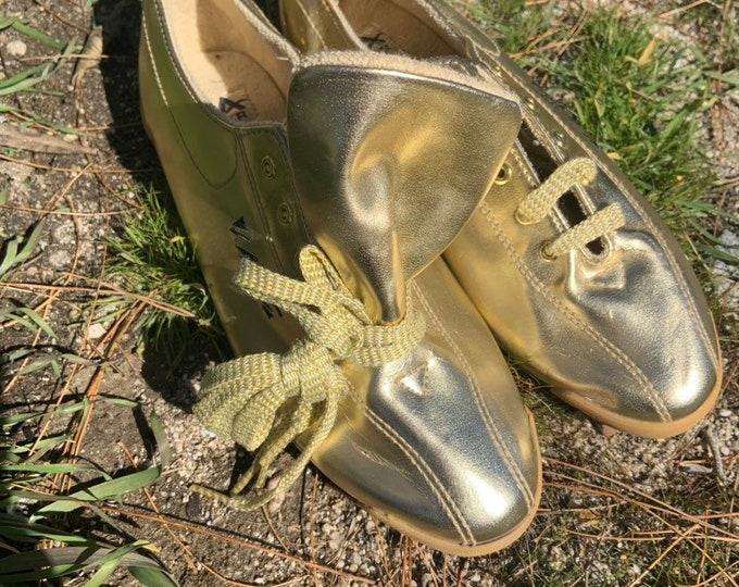Vintage 1992 LA Gear gold shoes. Deadstock NWOT. Free shipping