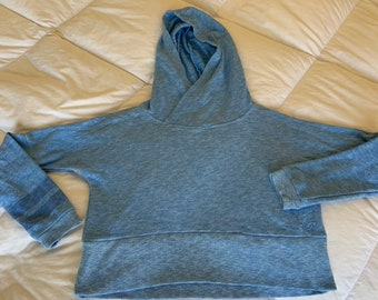 Roxy by Quicksilver blue cropped hoodie. Size extra small in great shape  Free shipping