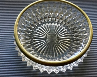 Unique and rare starburst thick and heavy glass bowl with gold trim vintage from the 1930s. Free Priority Mail Shipping